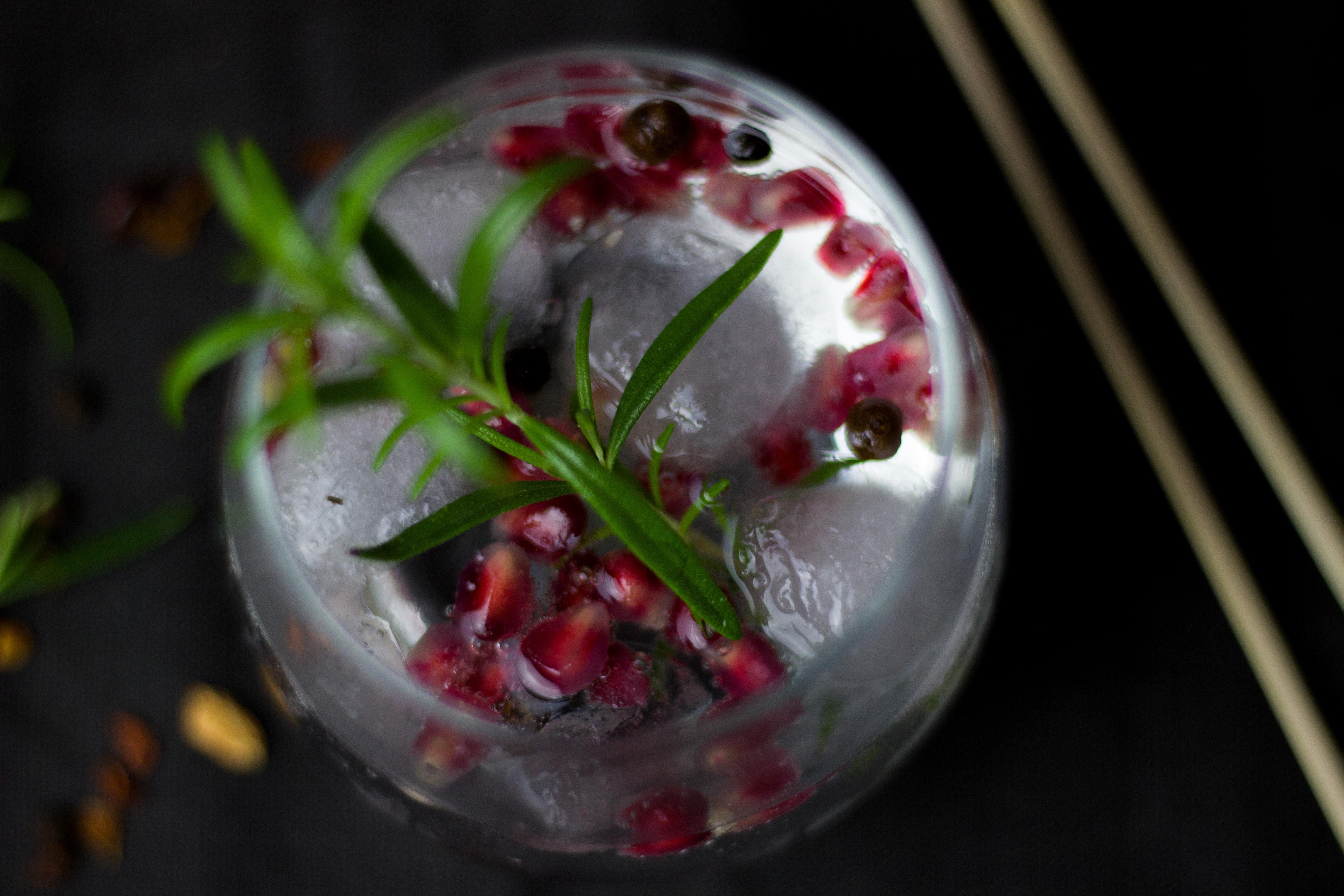 Winterlicher Granatapfel Cocktail